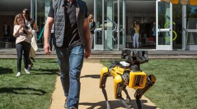 Jeff Bezos and his new dog from Boston Dynamics