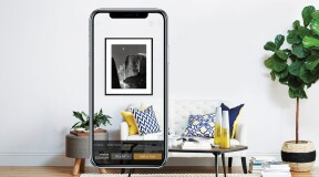 AR-application Art.com helps to choose a picture for the interior