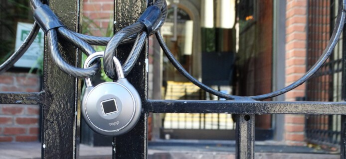 Tapplock One smart lock can be opened with a fingerprint, via smartphone or by the Morse code