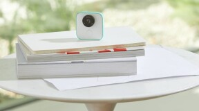 Google Clips – A camera that shoots itself