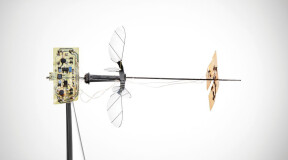The tiny flying robot powered by solar energy