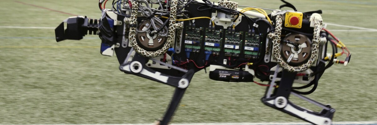 The Cheetah robot learns acrobatic tricks