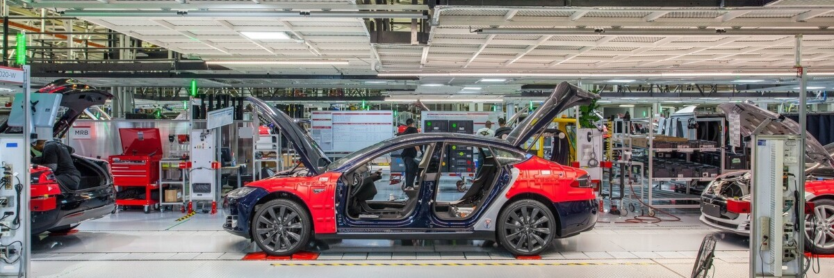 Tesla employees report a high percentage of defects in production