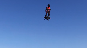 Flyboard Air: military hoverboard demonstration sparks outrage in Paris