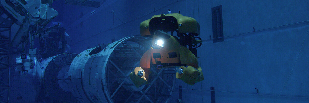Aquanaut: an all-in-one amphibian robot and submarine
