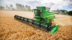 Combine Harvesters to Join Unmanned Vehicles