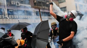 Hong Kong protesters versus facial recognition technology