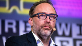 Wikipedia founder Jimmy Wales creates alternative ad-free social network