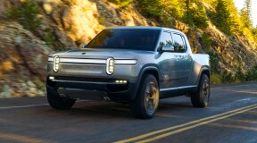 Ford announces electric SUV based on Rivian platform