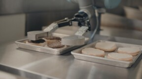 Miso Robotics Develops Flippy, the Robot Chef